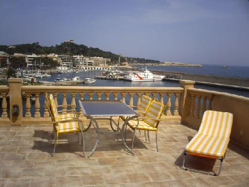 - Holiday accommodation for 2 -4 people, vue to the sea and harbour, Cala Ratjada, Mallorca