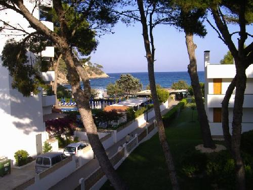 - Holiday accommodation with sea view, sleeps 4 in Canyamel, Majorca