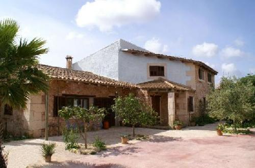 - Cottage with swimming pool, pool table and open fireplace, 4km outside of Porto Colom