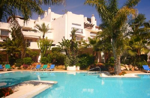 - Holiday accommodation only 300m from the beach, between San Pedro de Alcantara and Puerto Banus