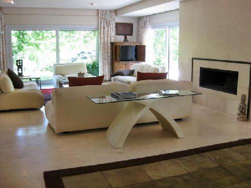 Villa moderne, 7 chambres, piscine interieur et exterieur, Nueva ...
