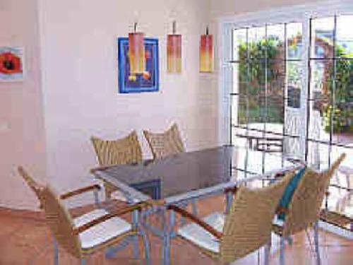 - Holiday in Santa Ursula, Tenerife, sleeps 4 with ehated pool, to rent for holiday locations