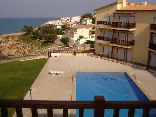 - Vacation in Port de Rei, L'Escala, Costa Brava, holiday apartment with stunning sea views for rent