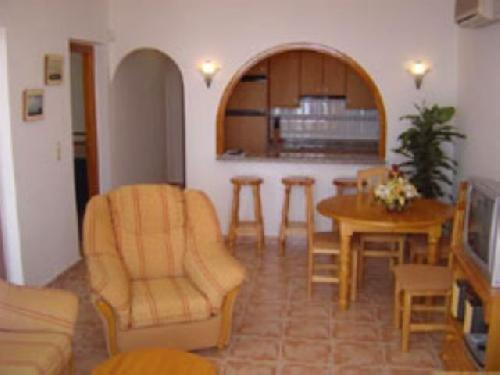 - Apartment with sea views, communal pools, sleeps 4 in Benitachel, Costa Blanca for holiday rentals