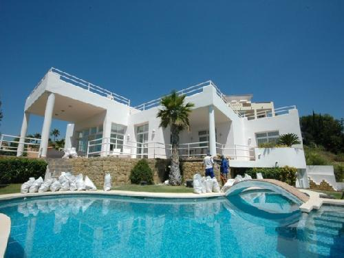 moderne Villa, eigenem Schwimm