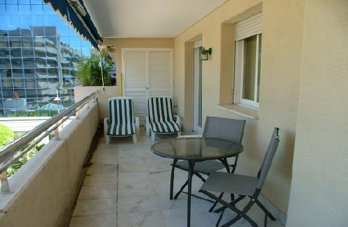 - Holiday apartment in Puerto Banus, sleeps 4, pool, for your break at teh Costa del Sol
