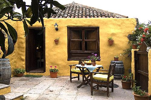 - Casa los Perros, holiday on a finca with heated pool, Tenerife, Canary Islands