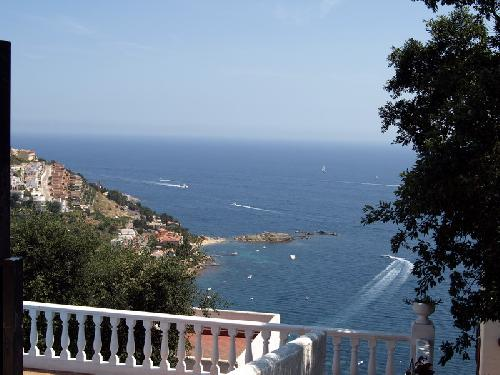 - Marvelous sea view, vacation rental for 5 Perosnen, community pool, Roses, Costa Brava