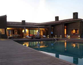 - Spacious Villa, Cap Creus, unique sea view, 8 bedrooms, private pool for holiday rent
