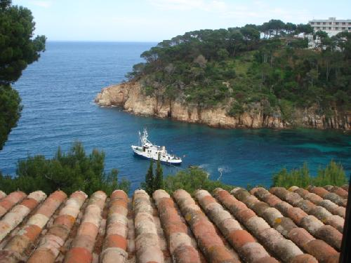- Exceptional holiday home, fantastic views, swimming pool in Begur, Costa Brava, to rent