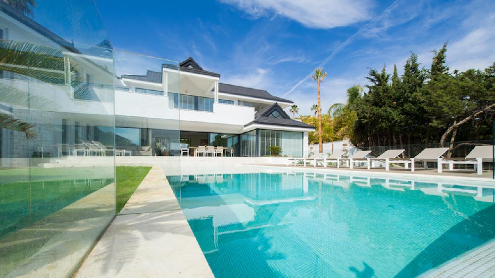 Stunning Modern Beachside Villa, Private Swimming Pool, Short Walk Beach,  Marbesa, Marbella For Rent