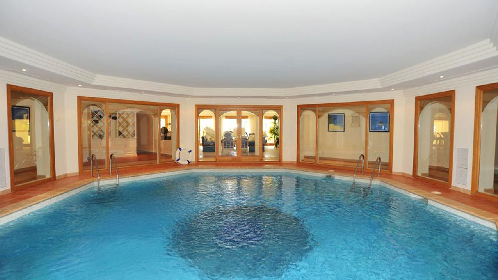Villa De Luxe 10 Chambres Bord De Mer Avec Piscine