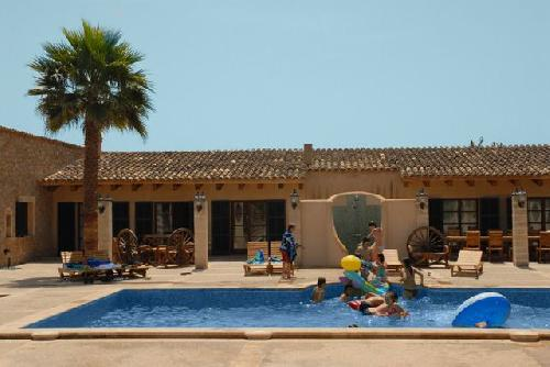 - Holiday cottage , 1.000m from the beach, 10 people, in Arta, Mallorca for holiday rentals