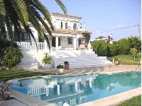 Villa de vacances 341143, avec tennis et piscine priv�e, Marbella, Costa del Sol