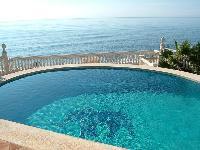 Villa PIEDS DANS L EAU, piscine priv�e, Mijas Costa, Copsta del Sol